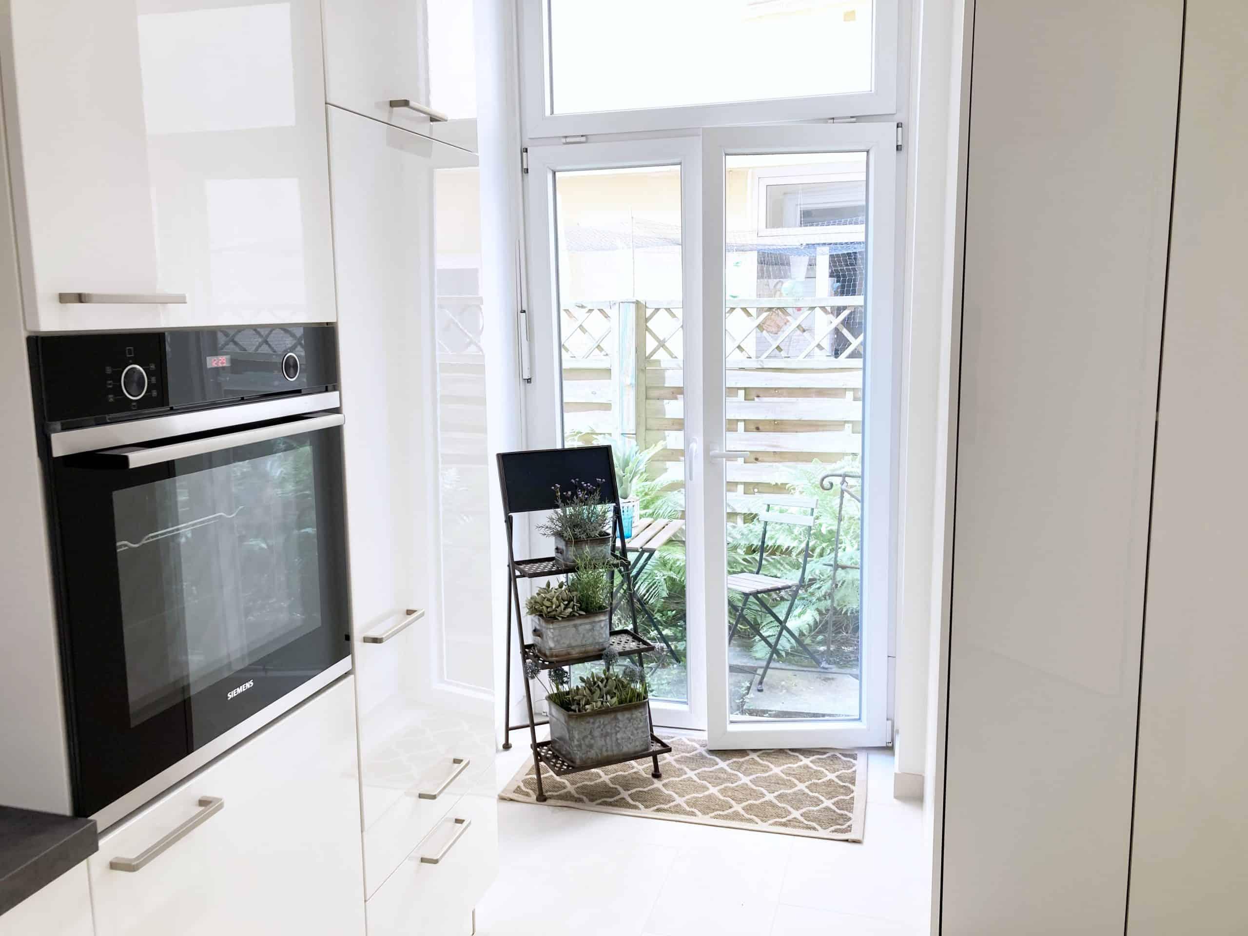Küche Ausgang zum Garten 3 Zimmer Wohnung in Hamburg Winterhude - ohne Makler