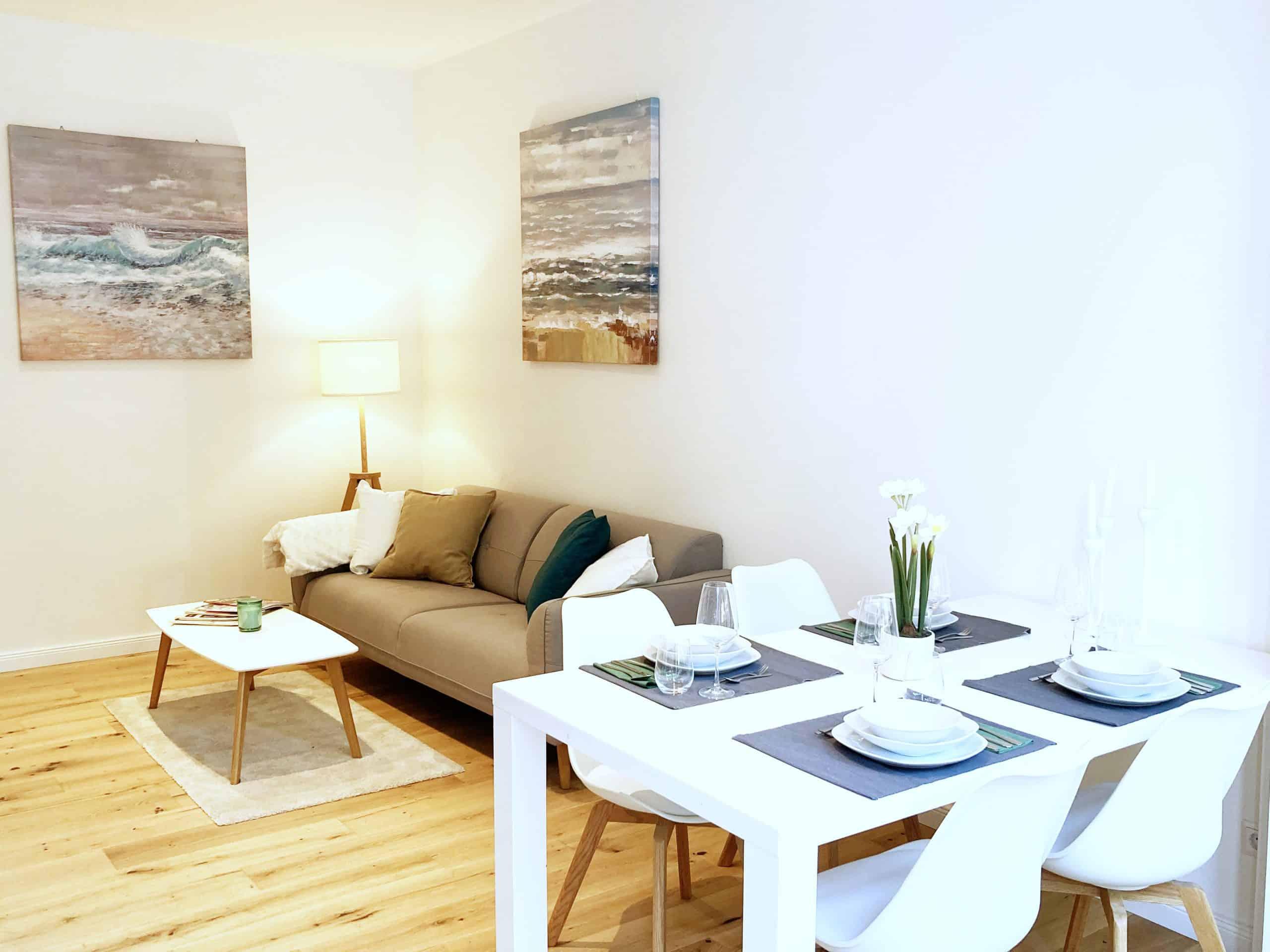 Wohnzimmer 2 3 Zimmer Wohnung in Hamburg Winterhude - ohne Makler